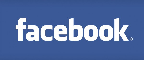 Facebook app cho iPhone 3G/2G – iOS 4.2.1 trở về trước.